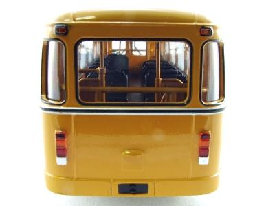 В какую сторону едет автобус (загадка)